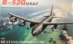MODELCOLLECT 1/72 B-52G U.S.A.F Stratofortress Strategic Bomber