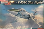 MONOGRAM 1/72 F-104C Star Fighter