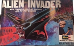 REVELL 1/144 Alien Invader with flashing, light up